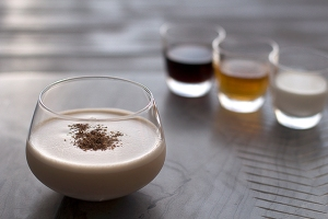 brandy-alexander-cocktail-recipe-1-1